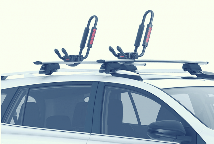 Yakima kayak roof carrier installed on car